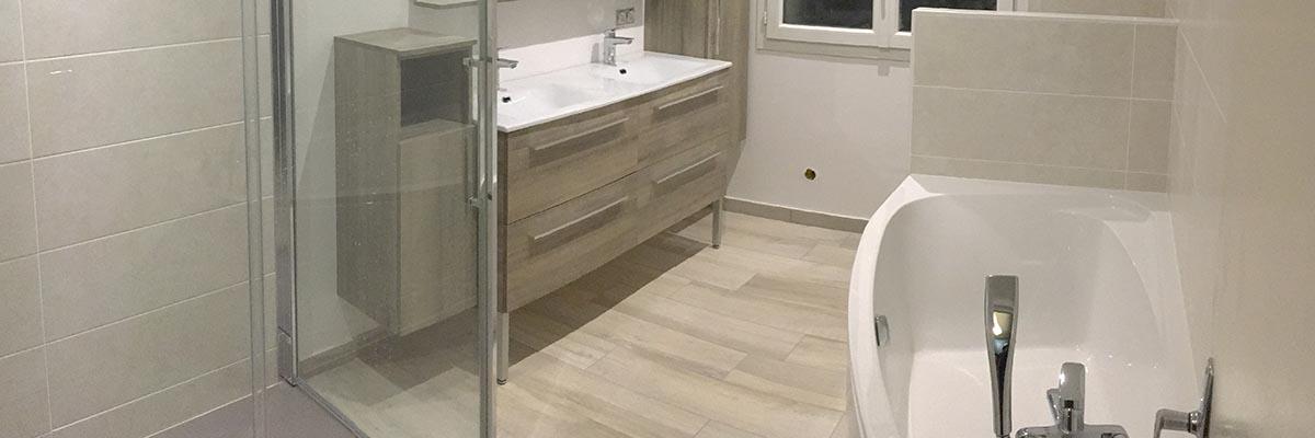 Agencement salle de bain complète à Dompierre sur Mer