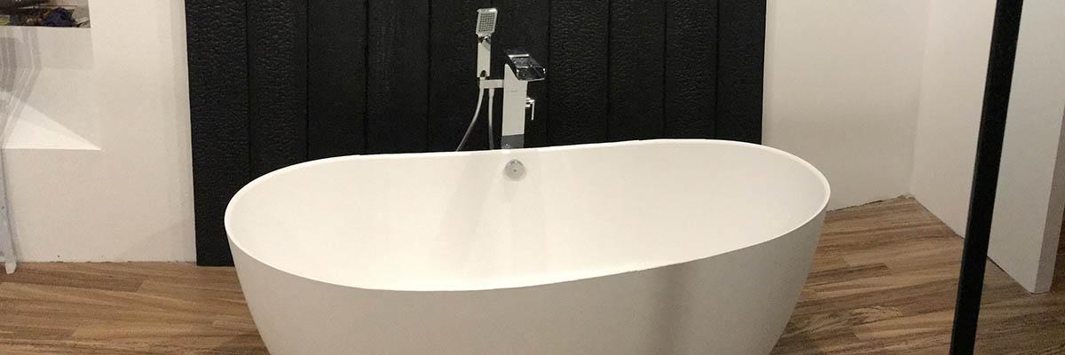 Installation d'une baignoire Ilot à Dompierre sur Mer